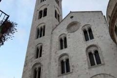 campanile-romanico-della-cattedrale-di-san-sabino-a-bari