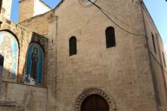 chiesa-di-san-marco-facciata-semplice-nel-quartiere-dei-veneziani-a-bari