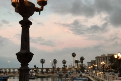 porto-vecchio-di-bari-al-tramonto