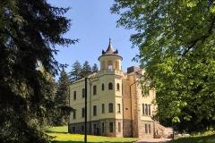 Parco-delle-Terme-Levico-Valsugana-Villa-Paradiso-casa-del-giardiniere