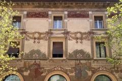 Levico-Terme-Valsugana-centro-storico-casa-affrescata