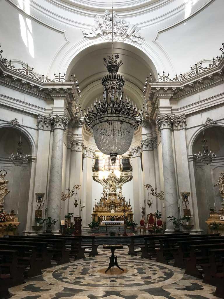 badia-santagata-catania-interno-stile-barocco-giovan-battista-vaccarini
