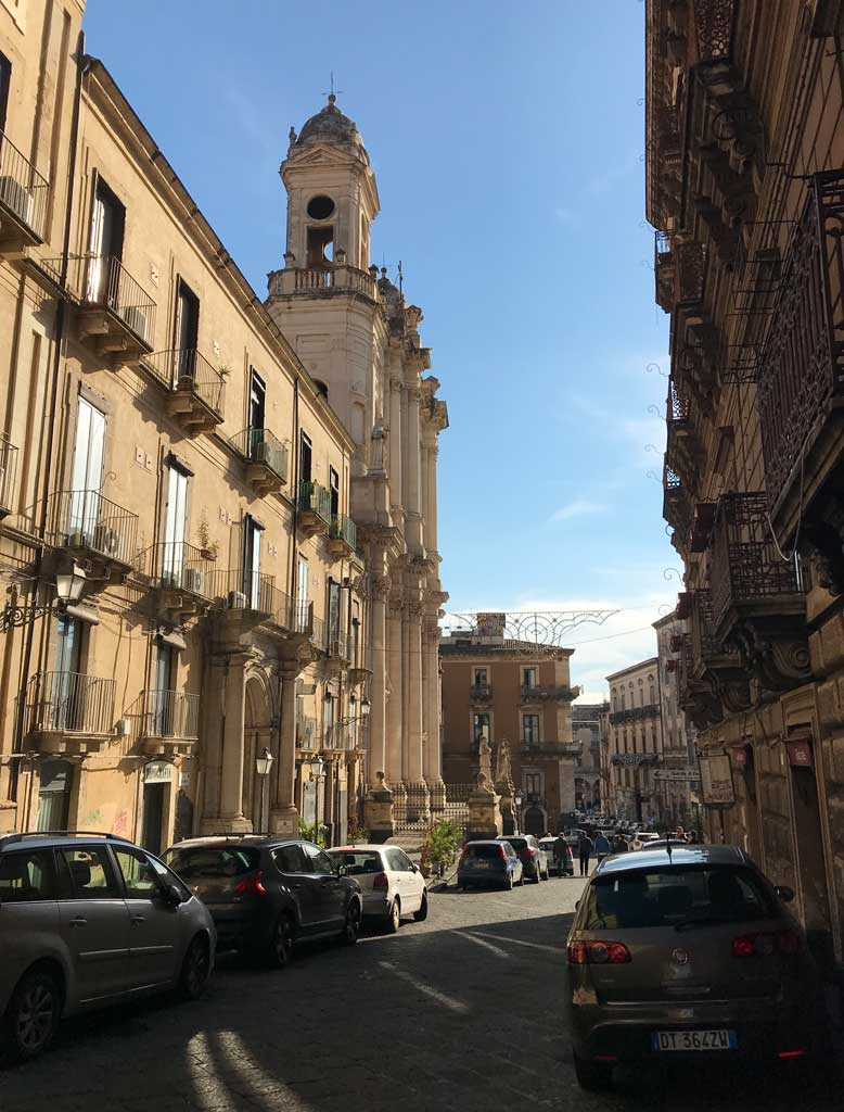 via-crociferi-catania-chiese-in-stile-barocco
