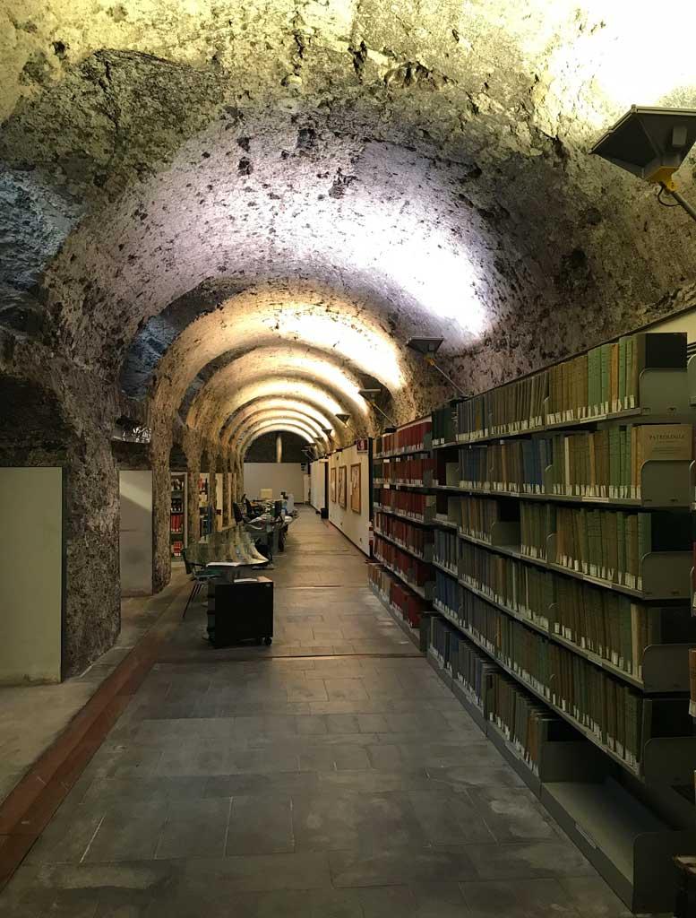 monastero-dei-benedettini-di-catania-piano-seminterrato-biblioteca-del-dipartimento