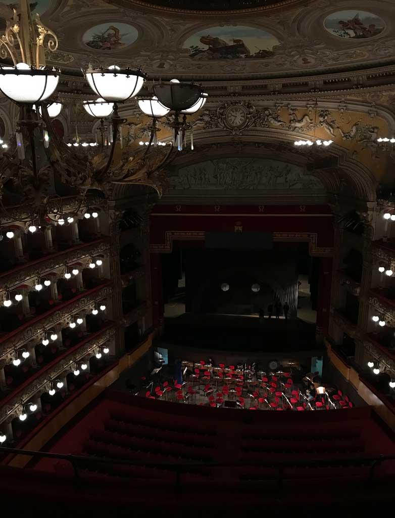 teatro-bellini-catania-vista-dall'alto-luci-platea-palcoscenico