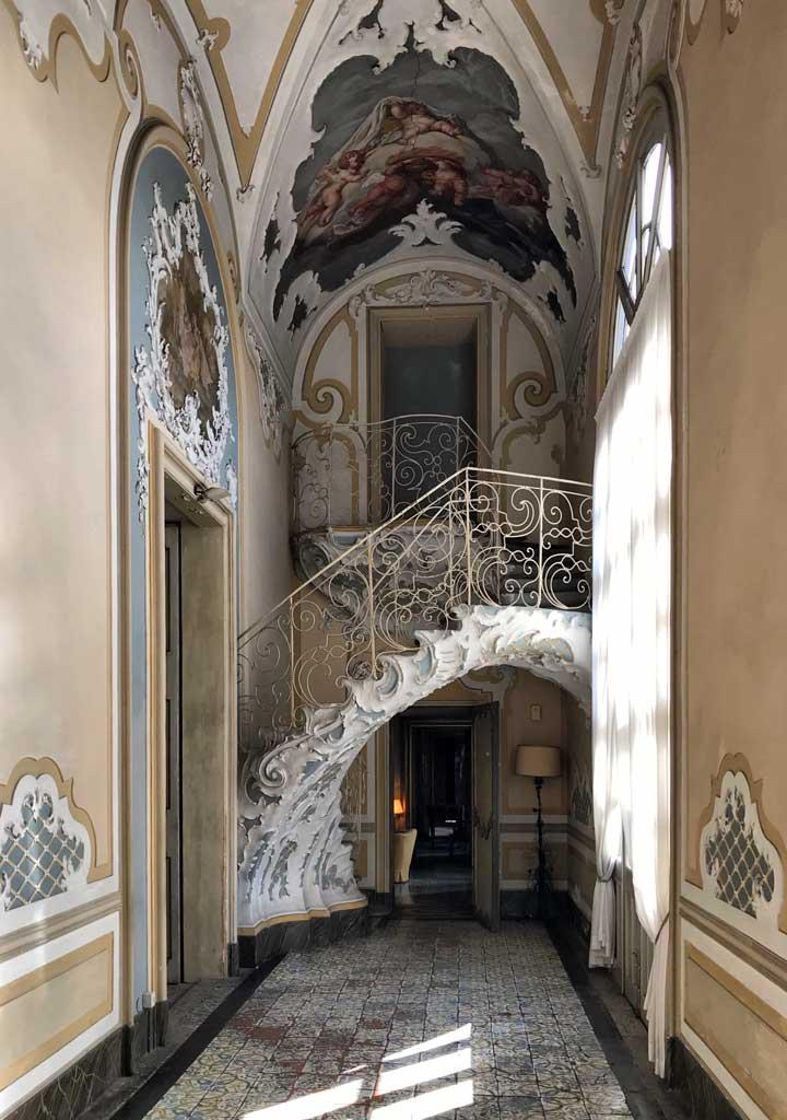 Palazzo-biscari-catania-scala-fiocco-di-nuvola-stile-barocco