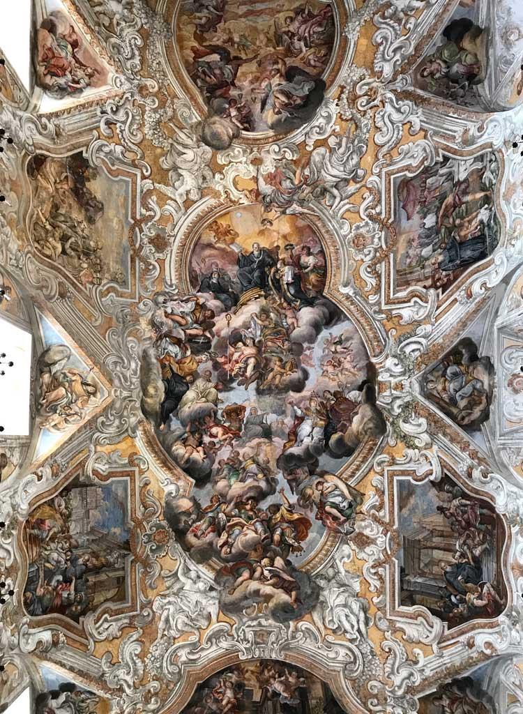 sito-storico-di-san-benedetto-catania-volta-della-chiesa-affreschi-con-le-storie-di-san-benedetto