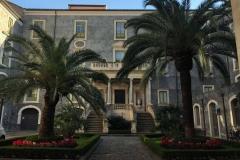 giardino-interno-di-palazzo-san-giuliano-in-piazza-delluniversita-a-catania