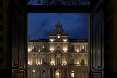 vista-sul-palazzo-delluniversita-di-catania-dal-portone-di-palazzo-san-giuliano-ora-blu