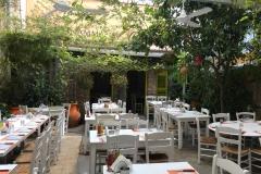 to-anamma-restaurant-ledras-nicosia-grazioso-cortile-interno