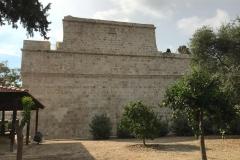 castello-di-limassol-cipro-dallesterno-possenti-mura-di-pietra