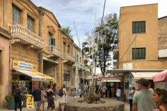 nicosia-cipro-fila-al-check-point-per-passare-a-cipro-nord