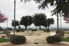 belvedere-di-cisternino-aiuole-alberi-giardinetto