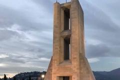 Como-monumento-ai-caduti-giuseppe-terragni-lungolago-luci-tramonto-inverno