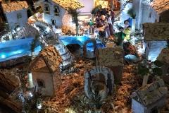 Como-piazza-grimoldi-chiesa-san-giacomo-mostra-dei-presepi