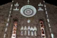 Duomo-di-Como-facciata-luci-como-magic-light-festival-notte