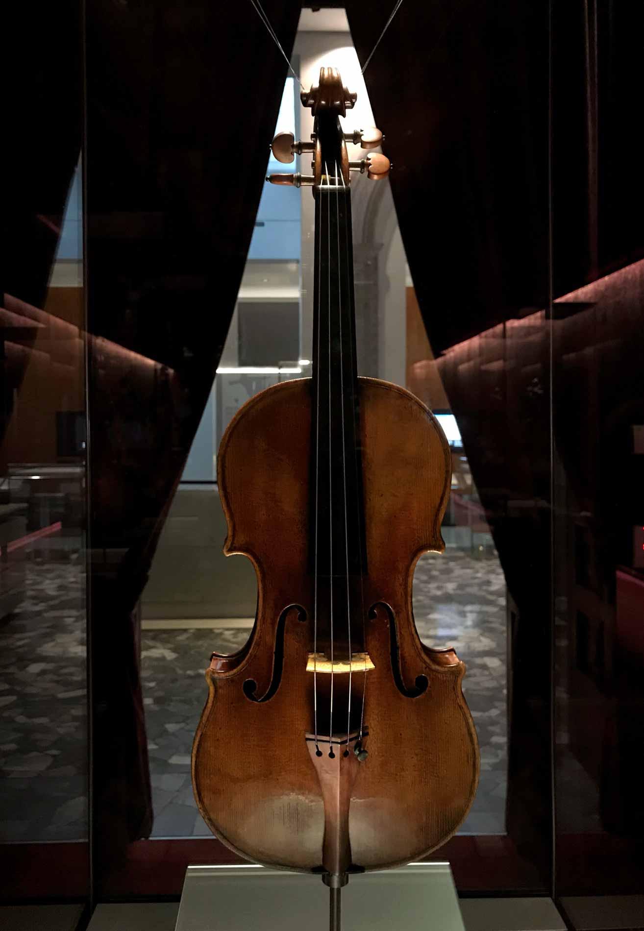 museo-del-violino-Cremona-violino-stradivari