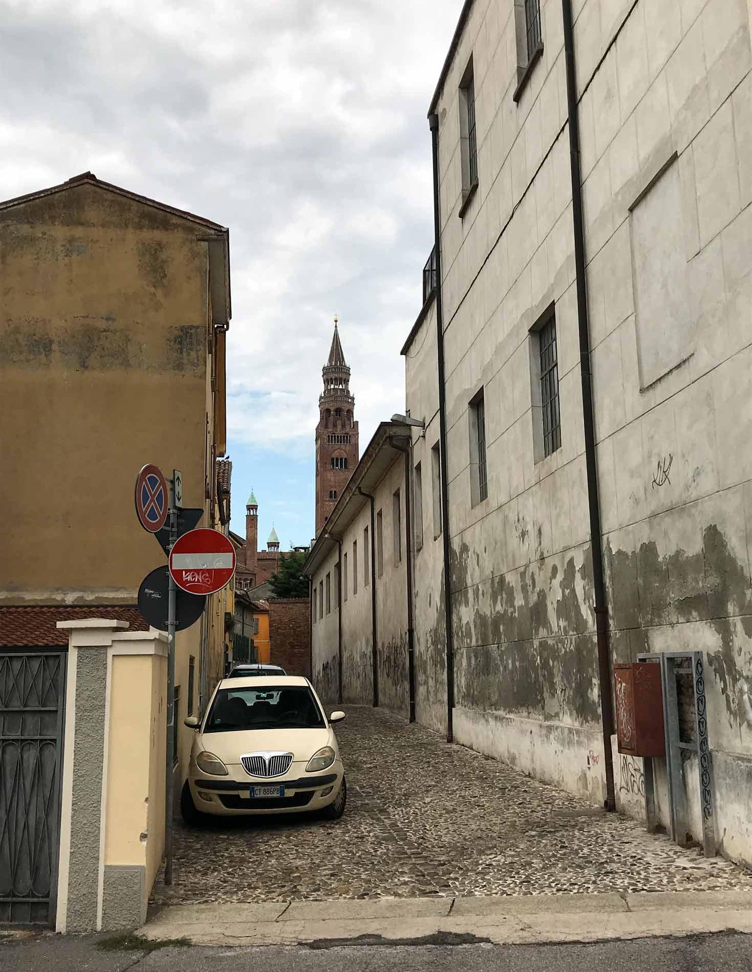 Cremona-centro-via-auto-torrazzo