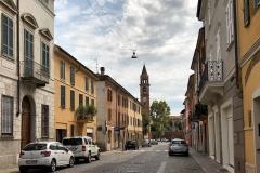 Cremona-via-gerolamo-da-cremona-case-auto-campanile