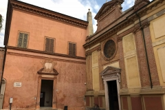 Cremona-Piazza-santAbbondio-chiesa-entrate