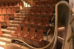 Cremona-auditorium-giovanni-arvedi-sedie-legno-palco-design-dettaglio