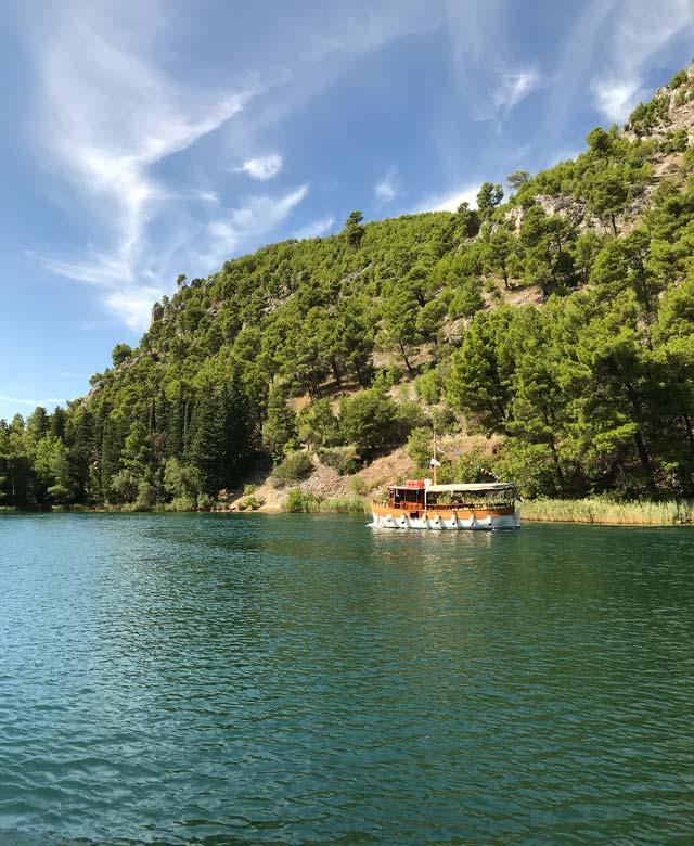 parco-nazionale-krka-battello-sul-fiume
