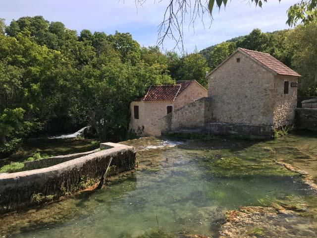 parco-nazionale-krka-vecchio-mulino-sul-fiume