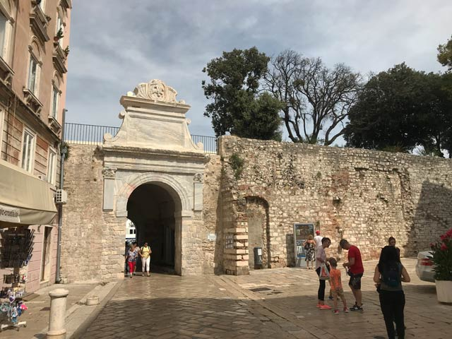porta-marina-di-zara-fortificazione-veneziana-patrimonio-unesco