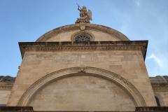sebenico-cattedrale-e-statua-di-san-giacomo