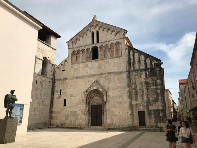zara-chiesa-di-san-crisogono-facciata-romanica
