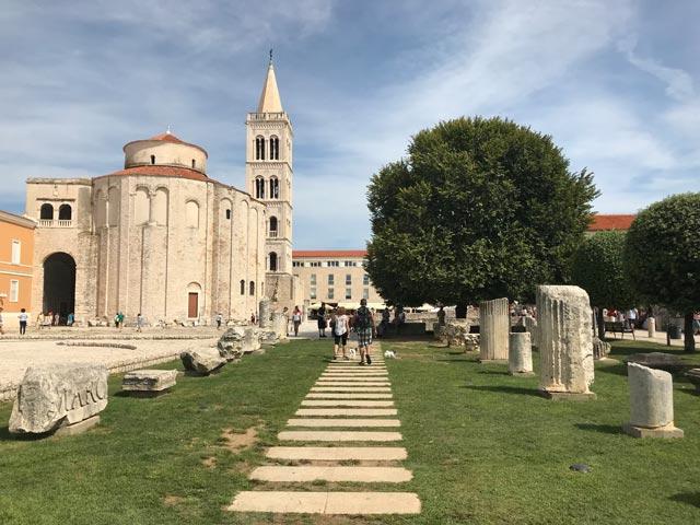 zara-resti-del-foro-e-chiesa-di-san-donato