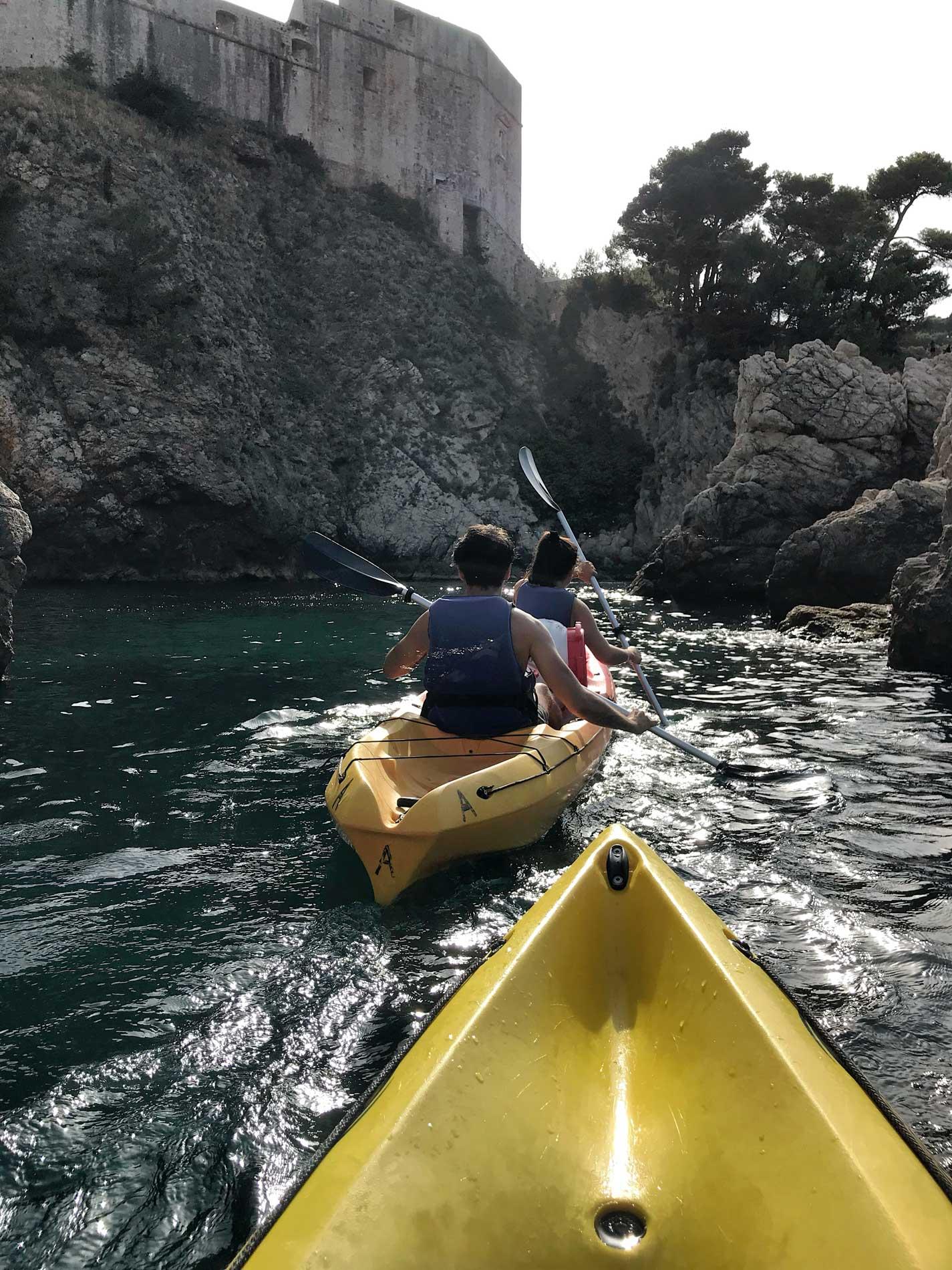 Dubrovnik-Croazia-kayak-adventure-Dubrovnik-scogli