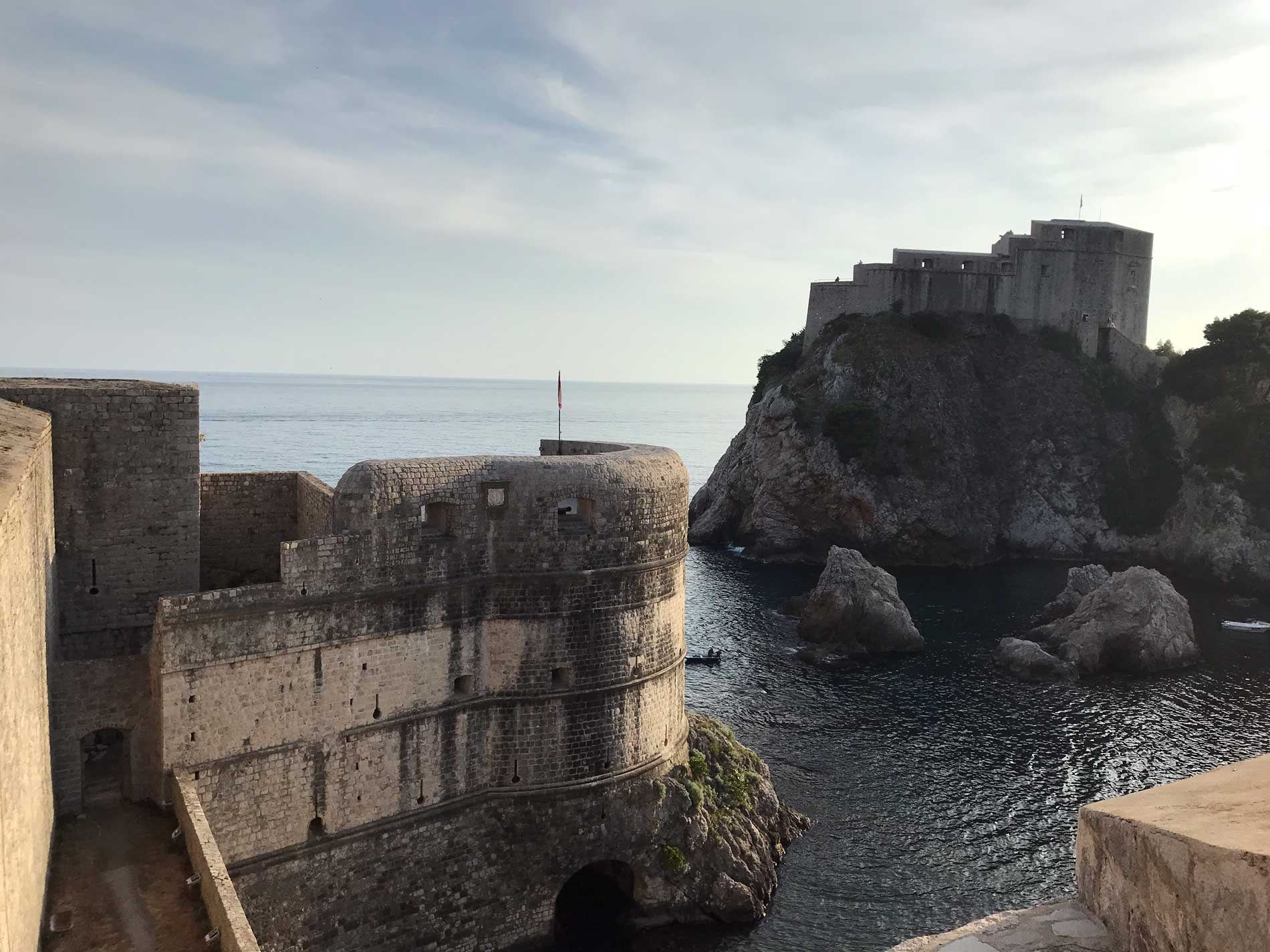 Dubrovnik-Croazia-vista-dalle-mura-Forte-Bokar-Forte-Lovrijenac-mare