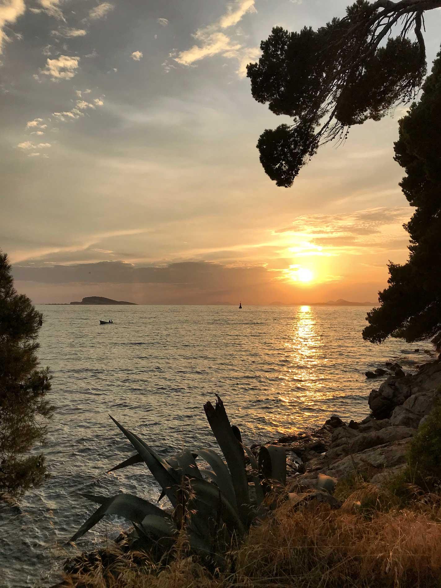 Cavtat-Dubrovnik-Croazia-tramonto-sul-mare-natura-sole