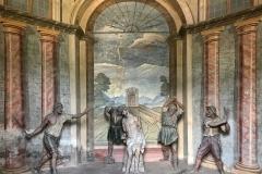 interno-di-una-delle-cappelle-del-sacro-monte-di-ossuccio-patrimonio-unesco
