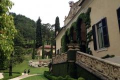 villa-del-balbianello-vista-del-giardino-curato-e-delle-famose-arcate-riprese-in-star-wars