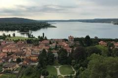 Rocca-di-Angera-famiglia-Borromeo-panorama-su-Angera-Lago-Maggiore