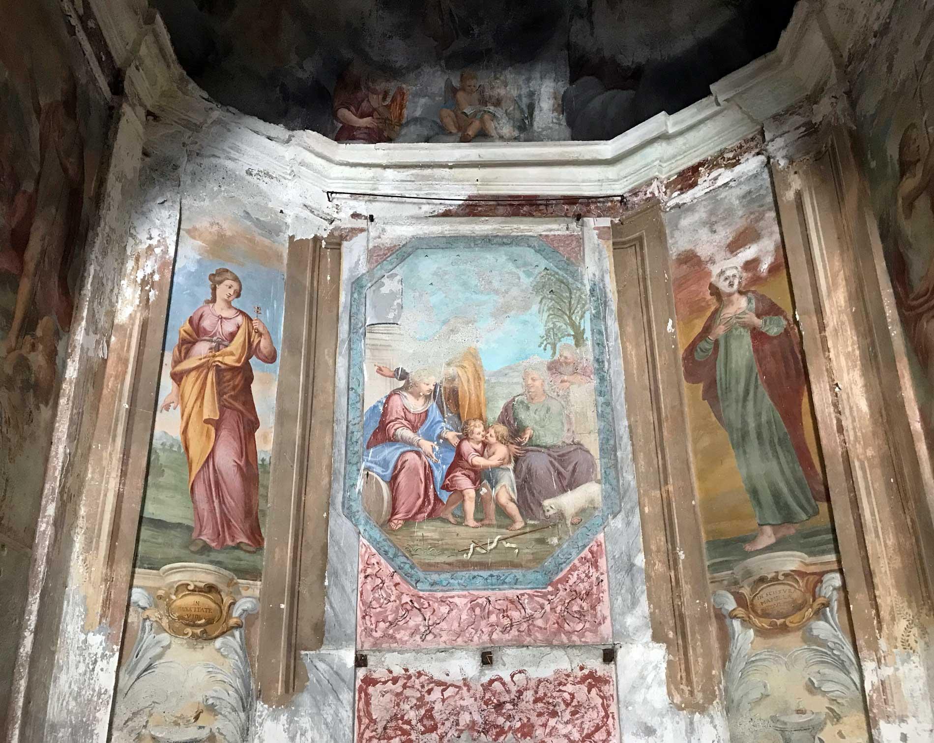 Lenno-Battistero-San-Giovanni-evangelista-affreschi-medievali
