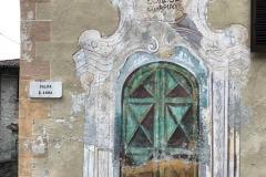 Mezzegra-Greenway-del-Lago-di-Como-Salita-Sant-Anna-porta-disegnata