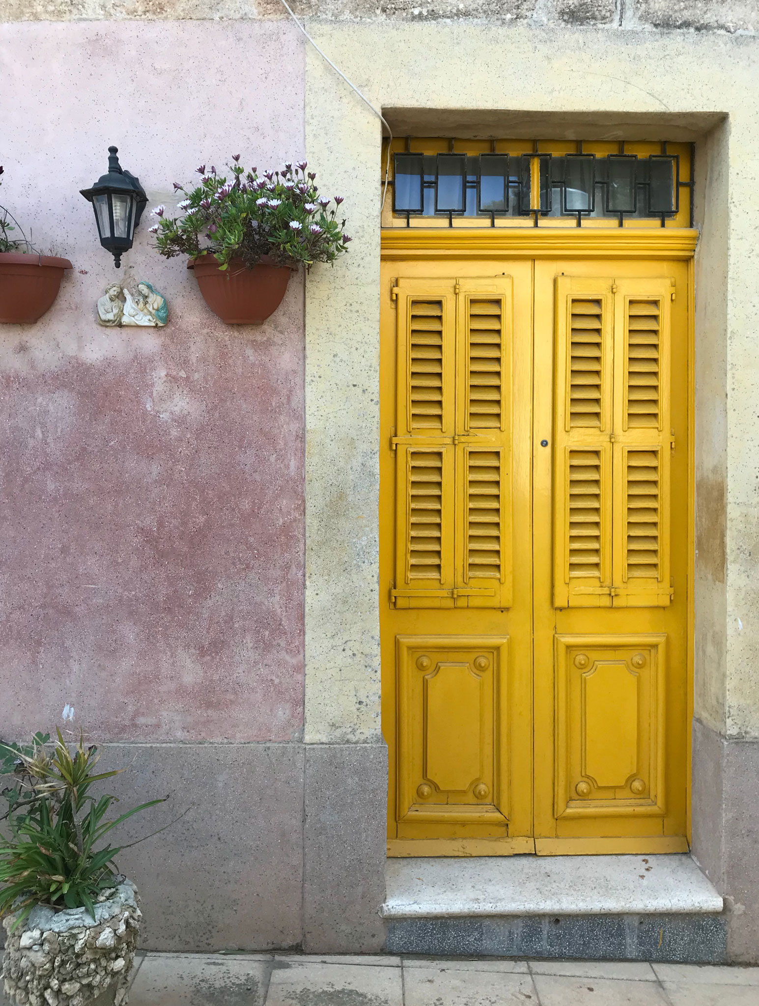 Rabat-Malta-porta-gialla-casa-maltese