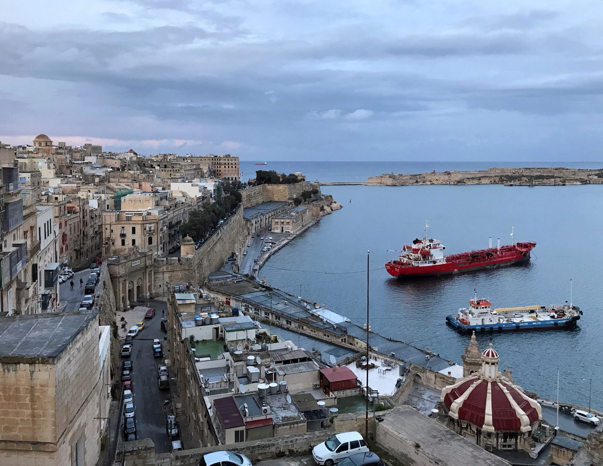 La-Valletta-Malta-panorama-Upper-Barrakka-Gardens-ora-blu-navi