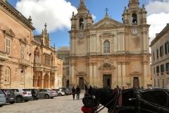 Mdina-Malta-Chiesa-San-Paolo-barocco-cavallo