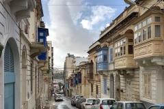 Sliema-Malta-case-tipiche-balconi-colorati
