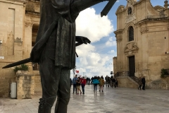 Jean-de-la-Vallette-statua-La-Valletta-Malta