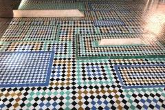 tombe-saadiane-marrakech-kasbah-tombe-delle-mogli-mosaici-geometrici-in-zellige-colori