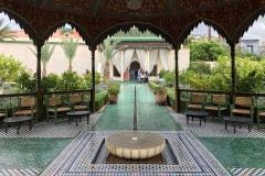 il-giardino-segreto-Marrakech-padiglione-centrale-qubba-fontana-pavimento-mosaico
