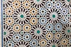 tombe-saadiane-marrakech-kasbah-mosaici-geometrici-in-zellige-arte-arabo-moresca
