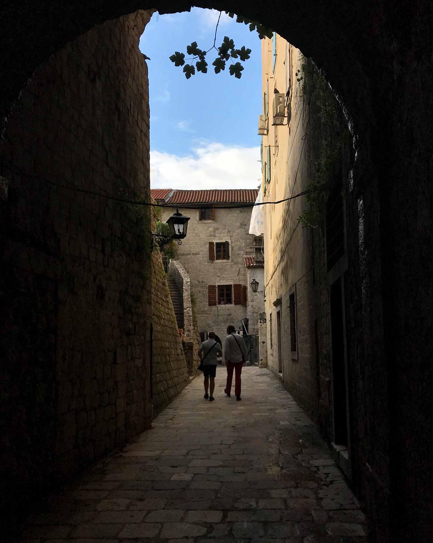 Kotor-Montenegro-Porta-Gurdic-mura-veneziane-patrimonio-Unesco