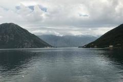 Bocche-di-Cattaro-Kotor-Montenegro-mare-montagne