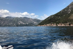 Bocche-di-Cattaro-Montenegro-Perast-campanile-isola-di-san-Giorgio-mare